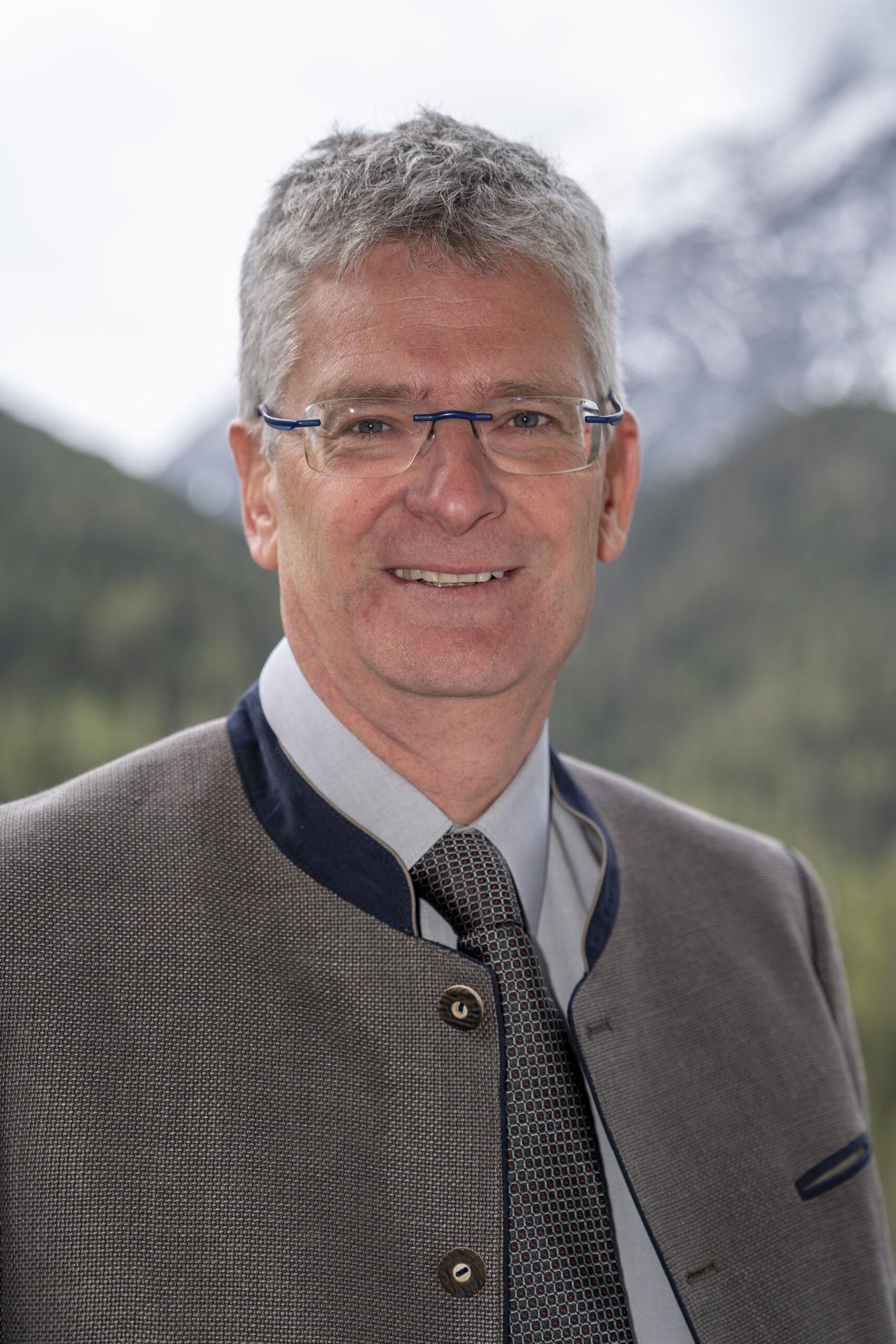 Michael Tanno